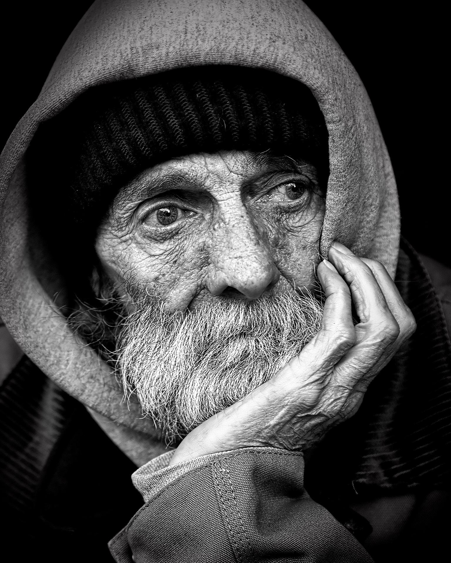 povertà- invidia sociale - disumanità